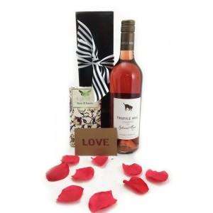 Valentines Hamper - Rose and Chocolate